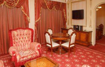 Интерьер 5-ти звездочного номера Сюит Президентский фото