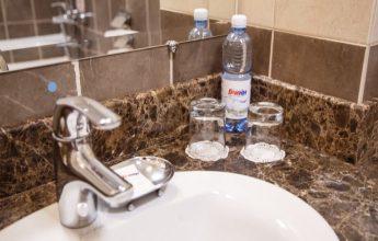 Современная ванная комната 5-ти звездочного номера фото