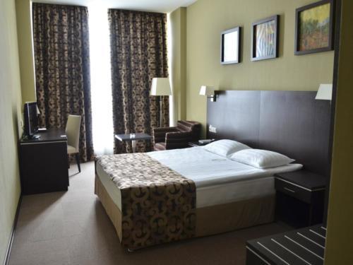 Фото гостиницы 2