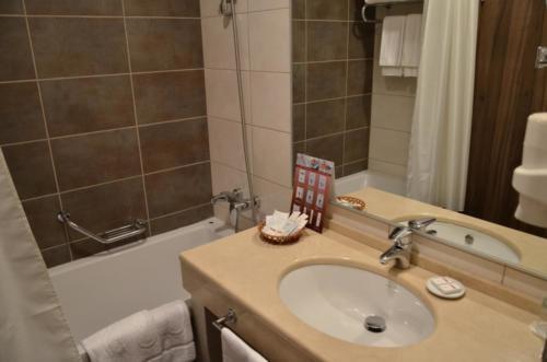 Фото гостиницы 8